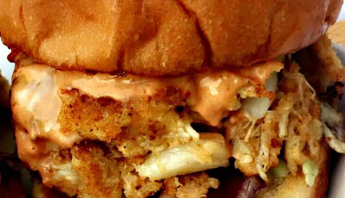 Skinny Crab Cake Sliders with Chipotle Mayo