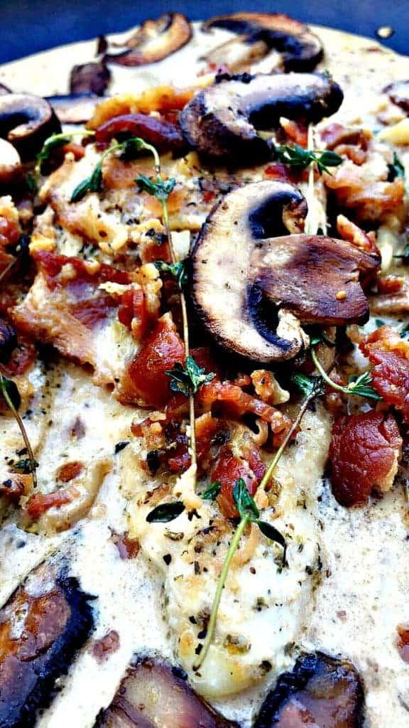 bacon mushroom thyme chicken