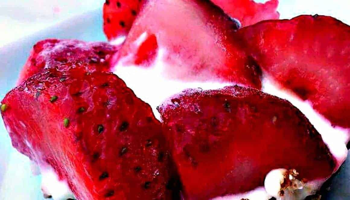 gluten free frozen strawberry greek yogurt bites