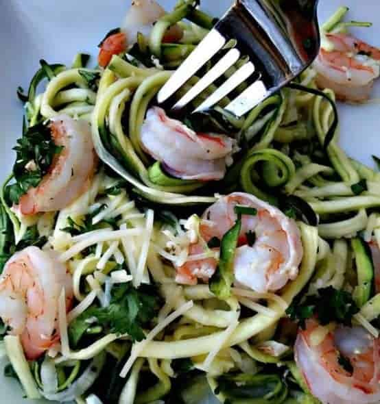 healthy shrimp scampi zucchini noodles