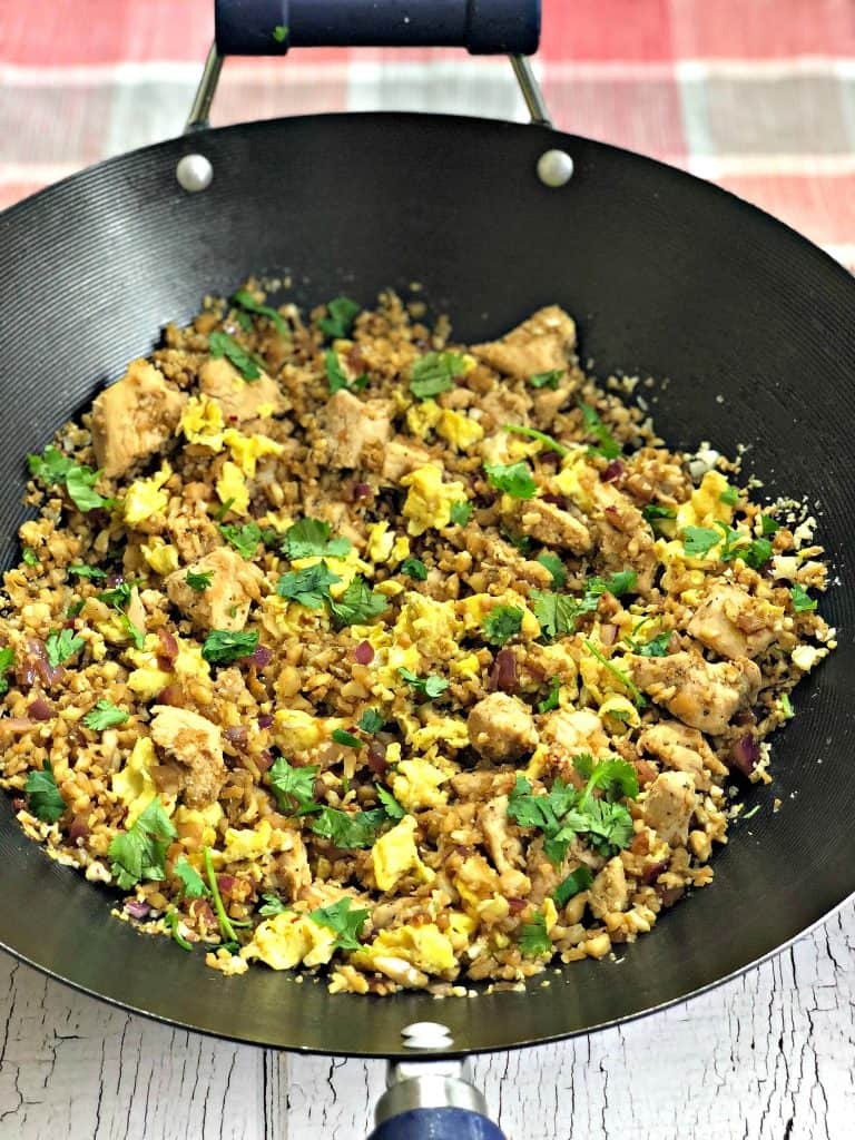 Low-Carb Paleo Cauliflower Vegetable Fried Rice with Chicken