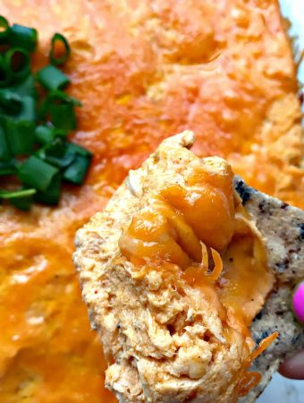 Easy Slow-Cooker Keto Low-Carb Buffalo Chicken Dip