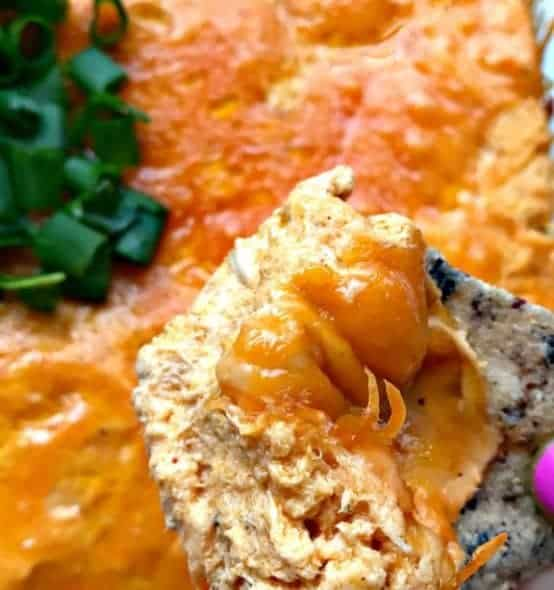Easy Slow-Cooker Low-Carb Buffalo Chicken Dip
