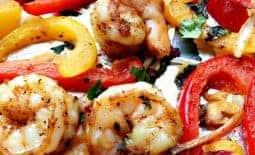 20-Minute Sheet Pan Shrimp Fajitas