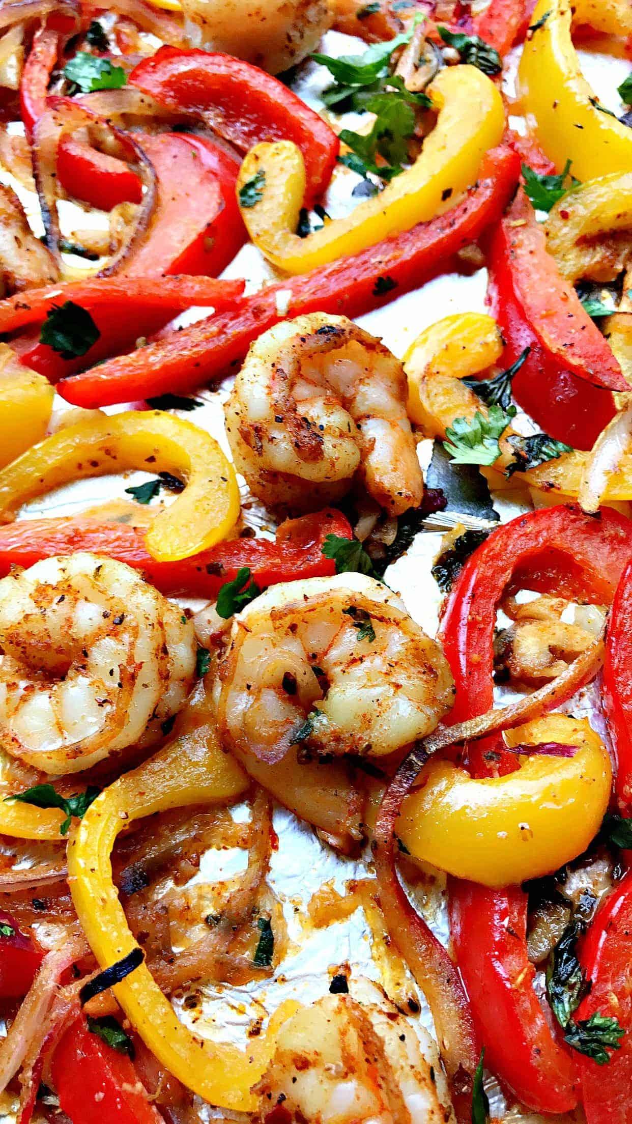 20-Minute Low-Carb One Sheet Pan Shrimp Fajitas - photo#8