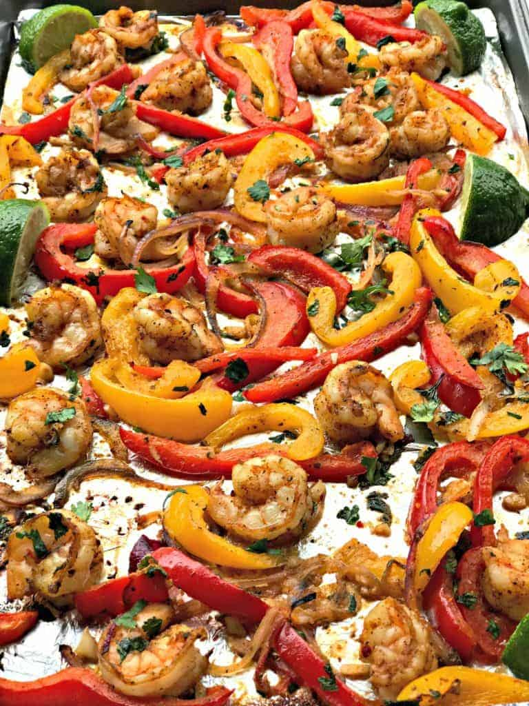20-Minute Low-Carb One Sheet Pan Shrimp Fajitas