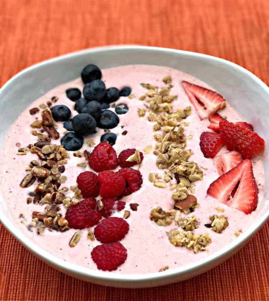 almond butter berry power protein smoothie bowl