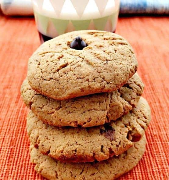 peanut butter dark chocolate chip protein cookies