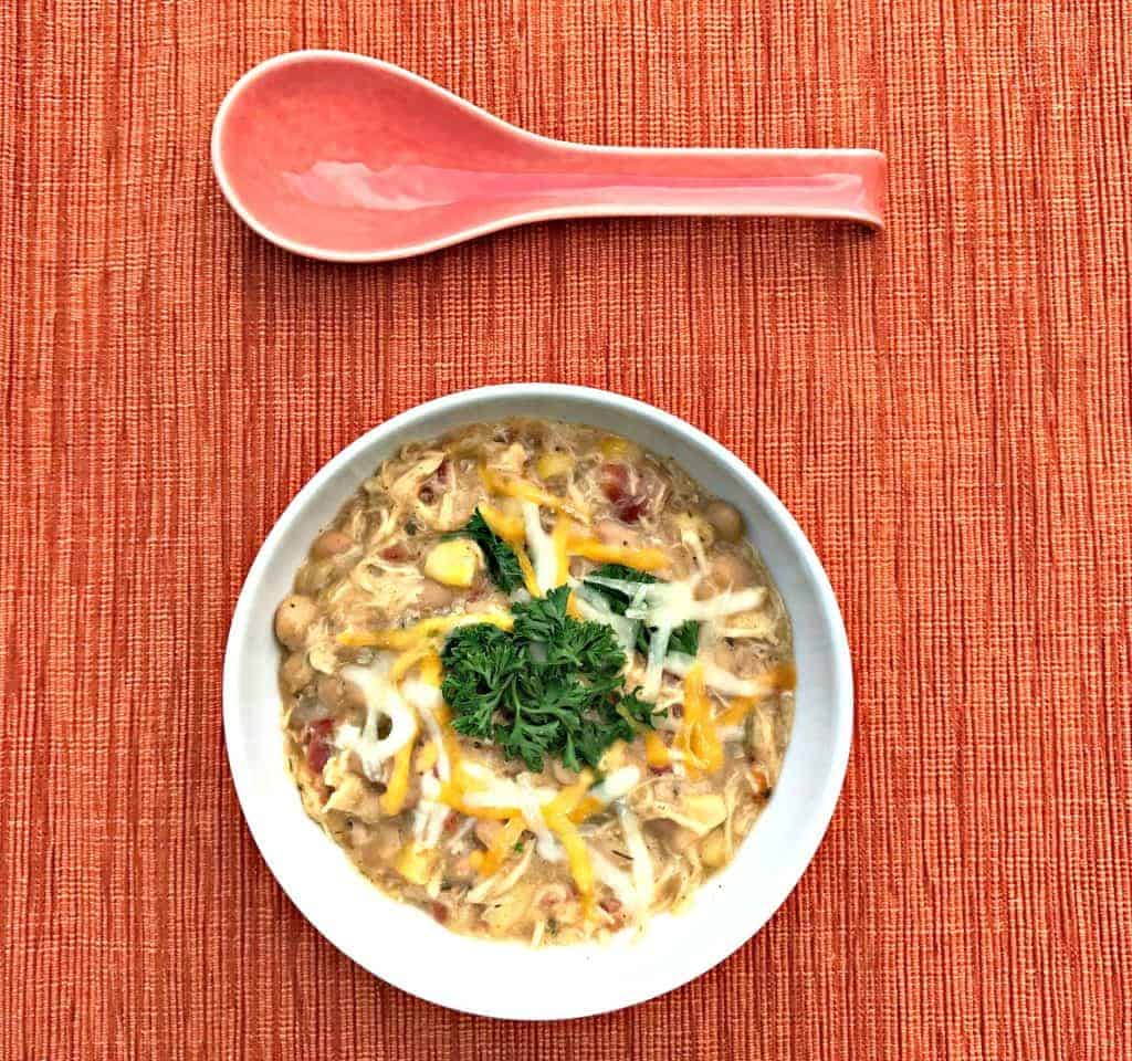 Simple slow cooker white chicken chili allys cooking dinocrofo easy slowcooker recipes food network classic comfort forumfinder Gallery