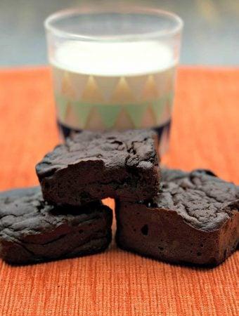 150 low-calorie healthy brownies