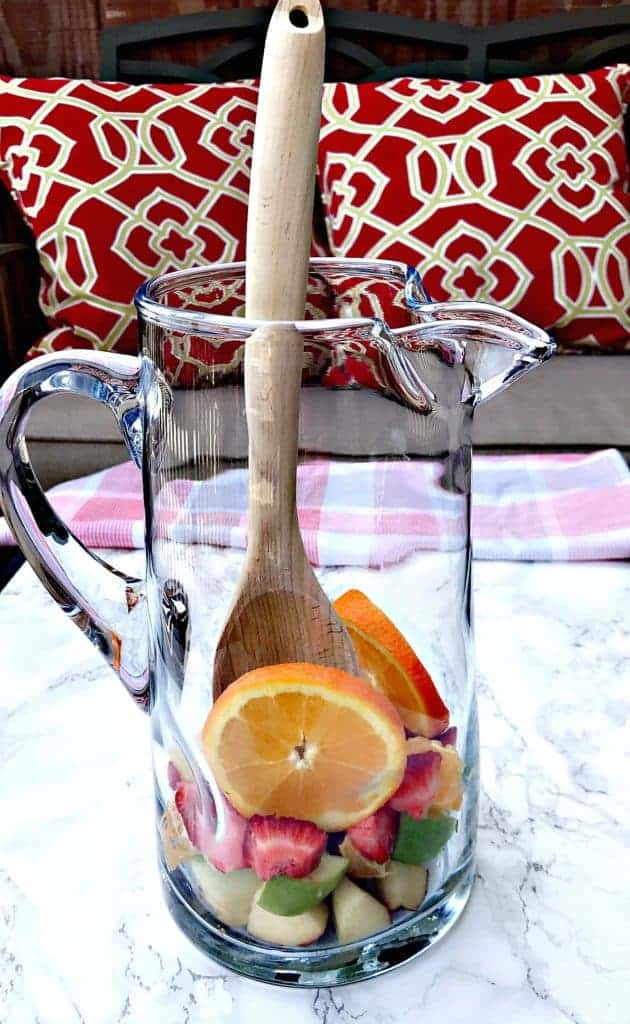 red wine champagne sangria