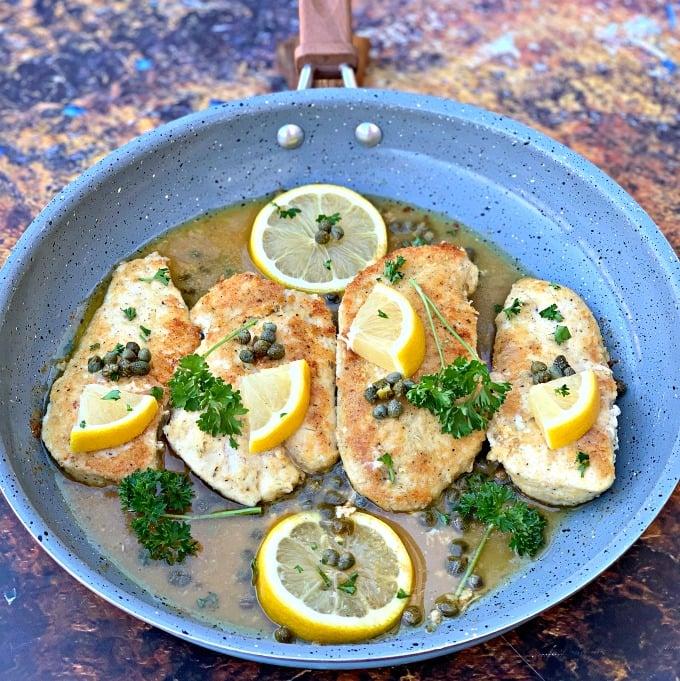 Easy, Keto Low-Carb Flourless Lemon Chicken Piccata
