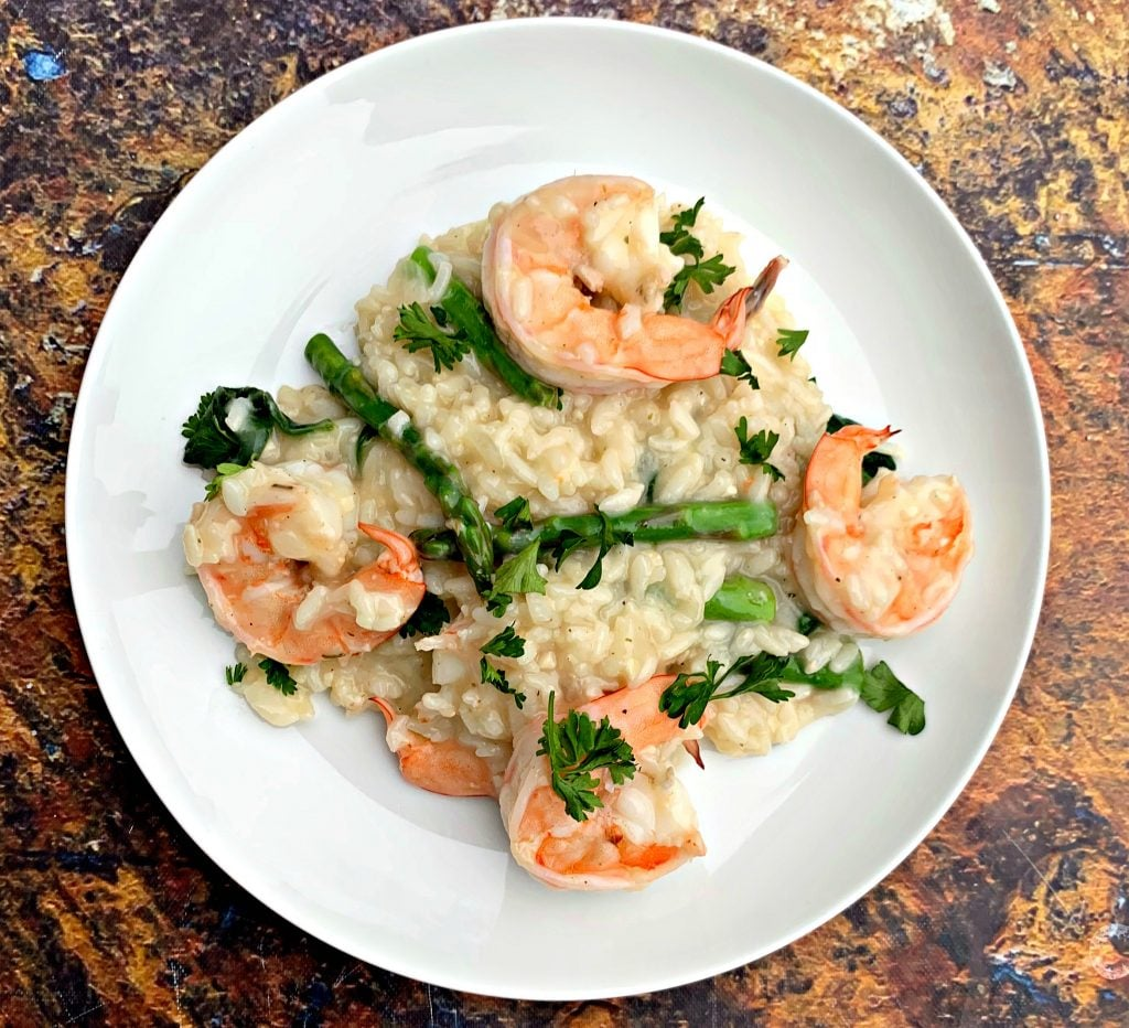 instant pot risotto on a white plate