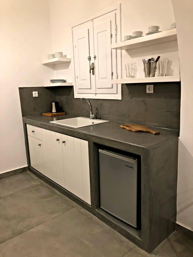 santorini hotel kitchen