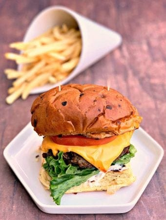 Quick and Easy Juicy Air Fryer Cheeseburgers