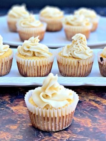 Keto Low-Carb Gluten-Free Vanilla Cupcakes with Buttercream Frosting