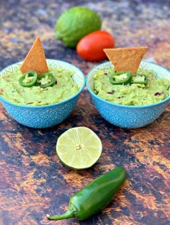 Easy Keto Low-Carb Guacamole Avocado Dip