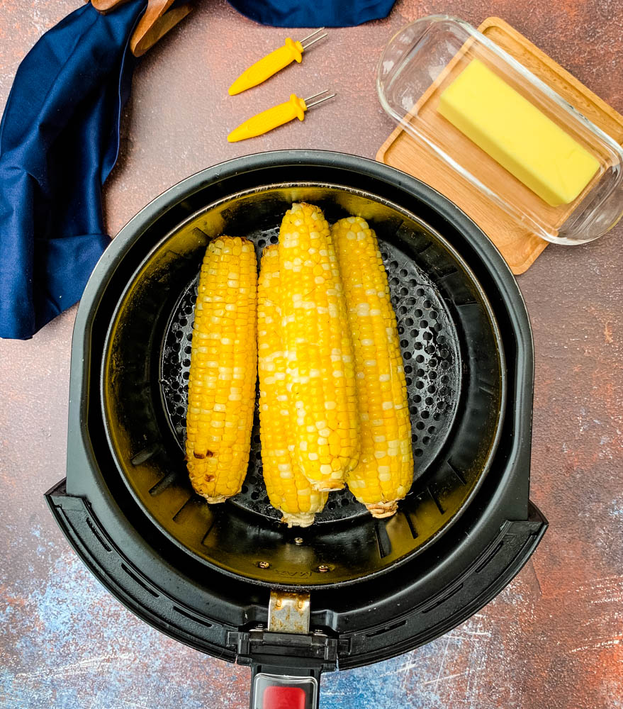cooked corn on the cob in an air fryer