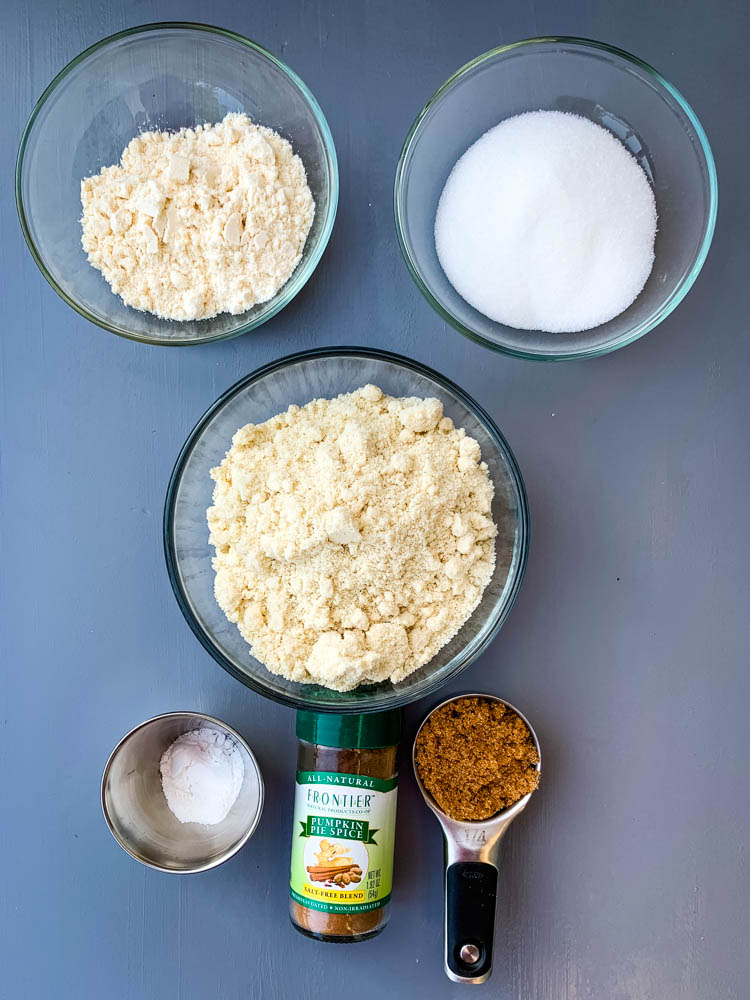 almond flour, coconut flour, zero carb sweeteners in bowls