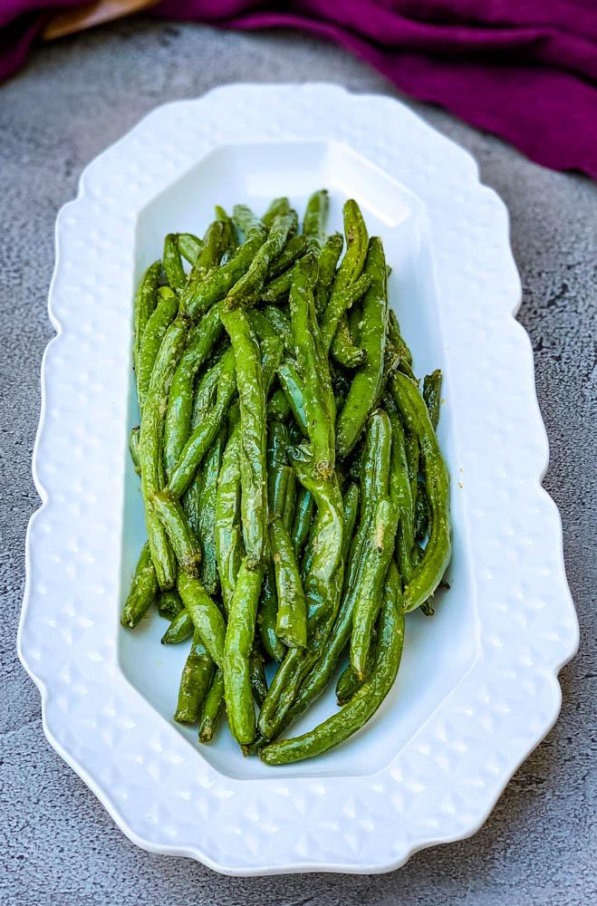 Air Fryer Garlic Roasted Green Beans