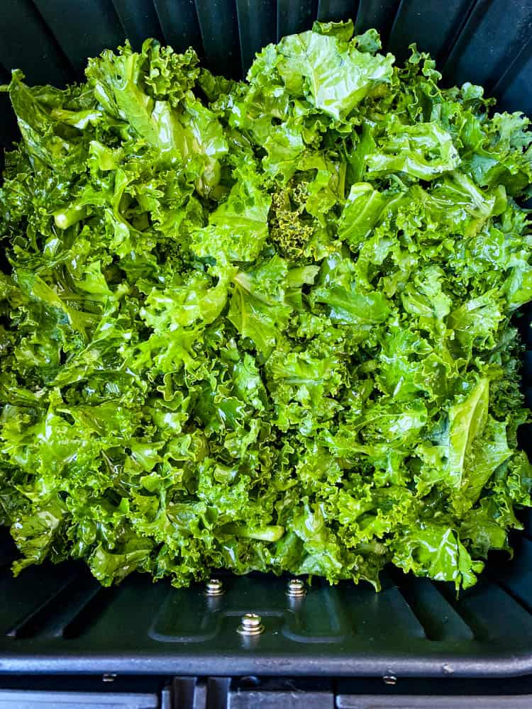 raw kale for kale chips in air fryer
