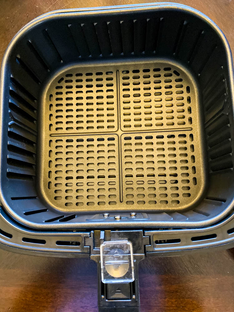 Cosori 5.8 quart air fryer basket