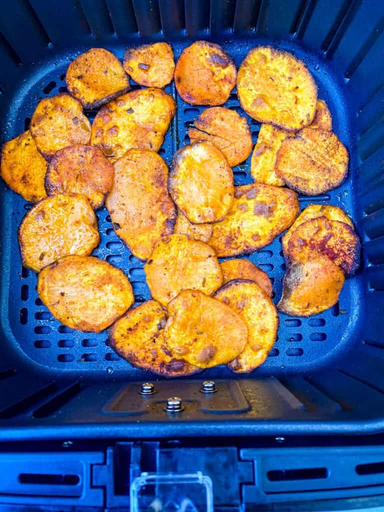 sweet potato chips in an air fryer
