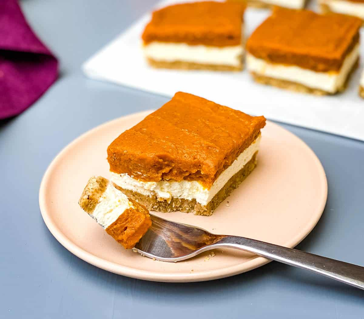 Easy No Bake Pumpkin Cheesecake Bars