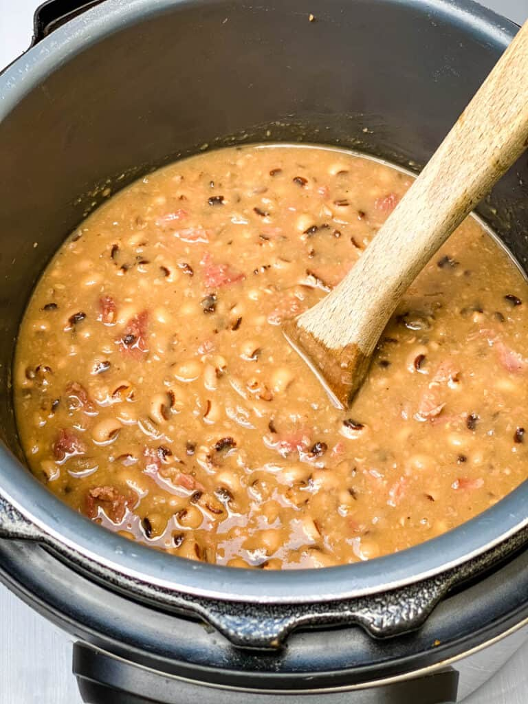 cooked black eyed peas in the Instant Pot