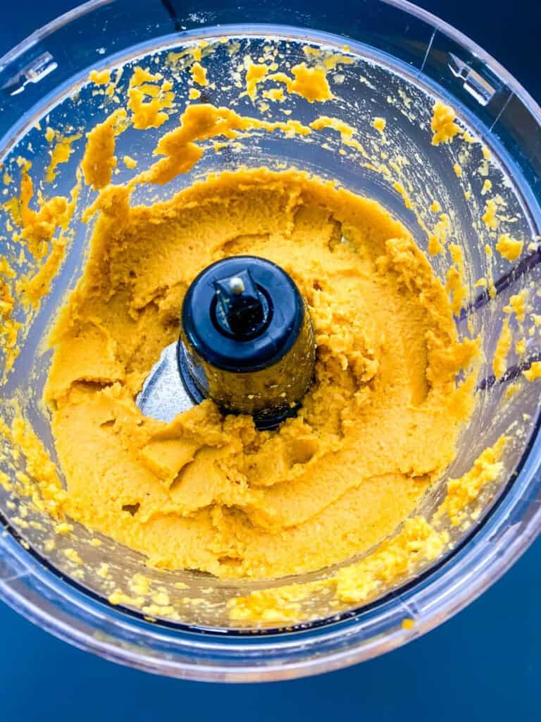 pumpkin hummus in a food processor