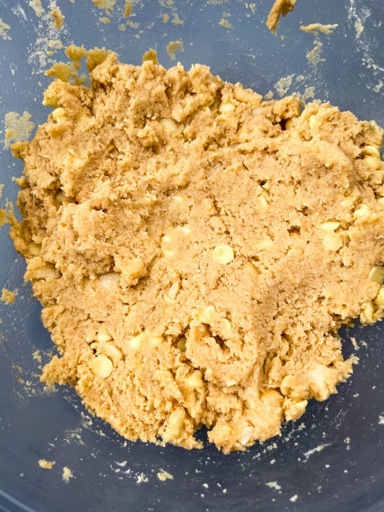keto macadamia nut cookie dough in a glass bowl