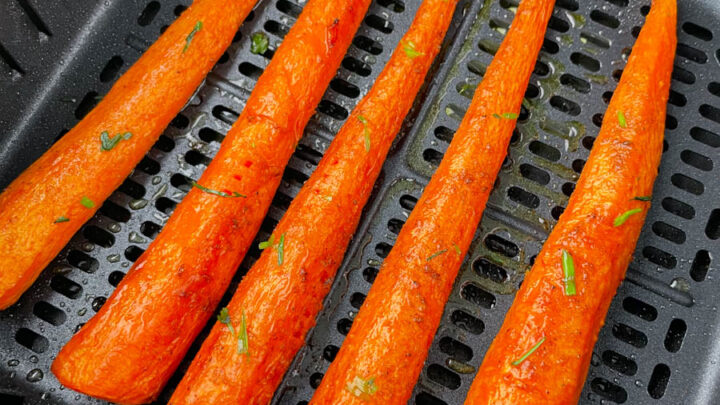 roasted carrots in an air fryer